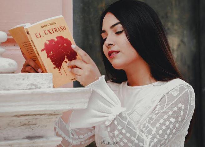 el extraño, novela